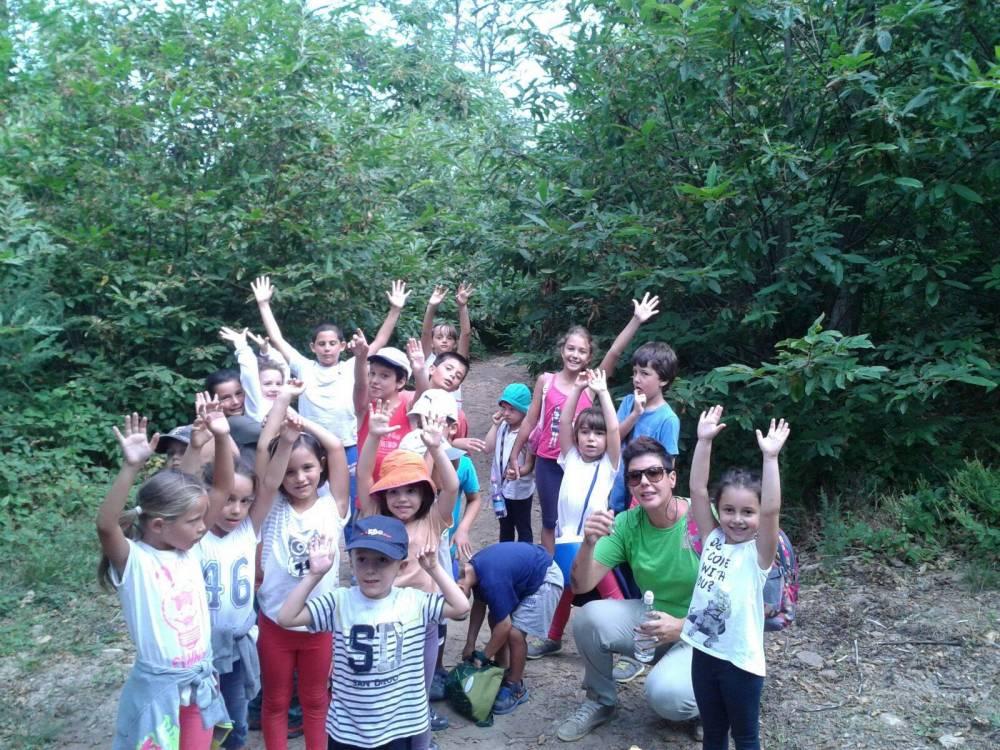 i bambini in gita con i campi solari in Toscana organizzati da S.O.S Scuola di Pontedera
