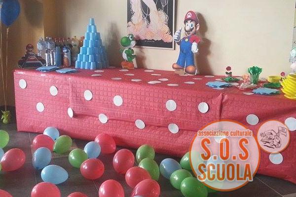 allestimento tavoli festa di compleanno